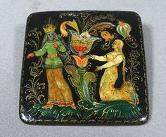 HAND PAINTED RUSSIAN LACQUER BROOCH