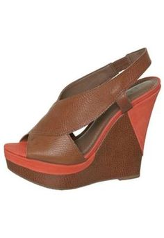 Shell Brown Sandal