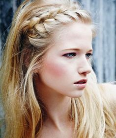 Lace Braided Hairstyle - my character loves this look (makeup and hair) but is maybe too shy to do this on an ordinary day