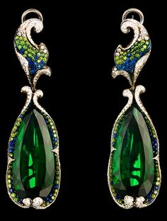 Jewellery Theatre Flowers collection Crassula Earrings, white gold, 2 tourmalines, diamonds, green diamonds and sapphires