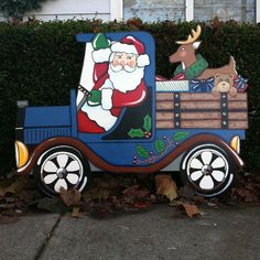Santa in Truck by HuttonFoxArt on Etsy Wooden Christmas Decorations, Christmas Yard Art, Snowman Decorations, Christmas Wood, Outdoor Christmas, Christmas Projects, Holiday Crafts, Wooden Pattern, Kids Wood