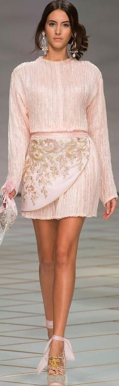 Guo Pei Haute Couture SS 2016