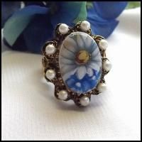 1950s daisy ring with pearls...Adore this!