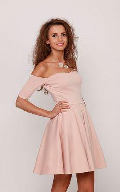 Sukienka rozkloszowana różowa EMMA