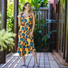 Sim, os florais também serão super bem-vindos em nosso próximo inverno. Trend confirmadíssima nas passarelas internacionais. #reginasalomao #cosmopolita #w18