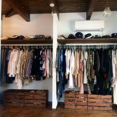 KOMAのお部屋写真 about 'Bedroom,クローゼット,収納,DIY,みせる収納,木箱,すのこ,整理収納部,すのこ DIY,'. RoomClip, インテリア実例集、RoomClip(ルームクリップ)