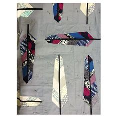 Want to do a feather quilt with mints, pinks, and grey Cute Quilts, Mini Quilts, Baby Quilts, Children's Quilts, Paper Piecing Patterns, Quilt Patterns, Arrow Quilt, Southwest Quilts, Farmers Wife Quilt