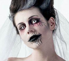 Halloween Schmink Idee Gruselige Geisterfrau