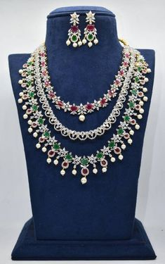 Diamond Necklace Set, Diamond Pendant, Diamond Jewelry, Gold Jewelry, Silver Jewellery Indian, Gold Jewellery Design, Bridal Necklace, Necklace Designs, Jewelry Sets