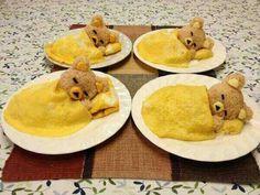 Sleeping Teddy Bears Egg Omelette with Rice Balls Recipe, sleepy teddy bear omelette, cuttest teddy ever, edible brown teddy bear, food art Cute Food, Good Food, Yummy Food, Tasty, Food Garnishes, Garnishing Ideas, I Want To Eat, Snacks, Food Humor
