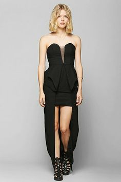 Finders Keepers Nightlight Maxi Dress - Urban Outfitters >> Perfect for covering the icky backs of my thighs!