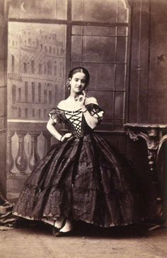 1861. Adelina Patti as Rosina in 'The Barber of Seville.' Image by Camille Silvy. © National Portrait Gallery, London