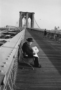 Morning on Brooklyn Bridge 1963. Photo: Inge Morath