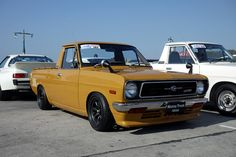 Datsun Pick up. Old School Muscle Cars, Retro Cars, Vintage Cars, Datsun Car, Nissan Sunny, Good Drive, Super Images, Vintage Pickup Trucks, Mercedes Benz Cars