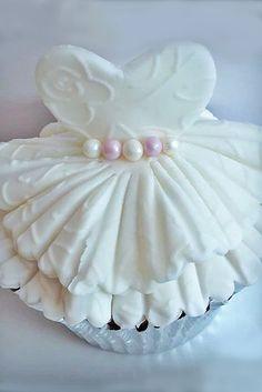 24 Stunning Wedding Dress Cakes For Your Bridal Shower ❤ See more: http://www.weddingforward.com/wedding-dress-cakes/ #weddings #cakes