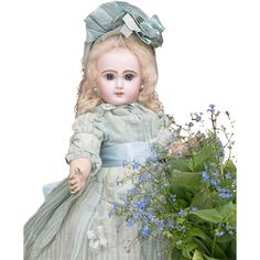 17' (44 cm) Antique French Superb Bisque Bebe Doll Douillet for Jumeau  in original costume, size 7