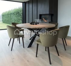 Round oak dining tables Jazz by Castle Line ONLINE to choose. Round oak dining table Jazz of Riva dining tables modern country style furniture online, oak tables at best prices with LIVING-shop's webshop Round Oak Dining Table, Country Dining Tables, Dining Table Online, Modern Dining Table, Dining Area, Black White Rooms, Country Style Furniture, Co Housing, Table Height