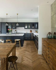 Open Plan Kitchen Dining Living, Open Plan Kitchen Diner, Living Room Kitchen, Home Decor Kitchen, Home Kitchens, Kitchen Ideas, Rustic Kitchen, French Kitchen Decor, Nice Kitchen