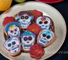 Day of the Dead - Dia de Muertos 2013 sugar cookies decorated with fondant, RI and hand paint details