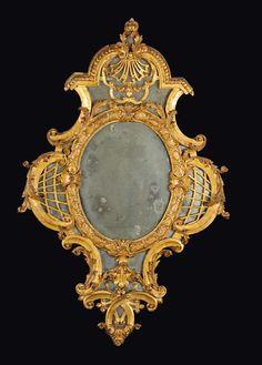 Specchierina sagomata di gusto Reggenza, Piemonte, prima metà del XVIII secolo