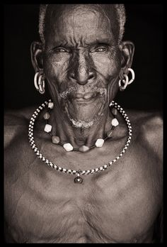 Northern Kenya Beautiful Photography by John Kenny taken with Africa's remotest tribes. Fine art prints in black and white, also colour, are available to buy in signed, limited editions. Facing Africa: the book is out now John Kenny, National Geographic Photography, Black Art, Black And White, Folk, African Tribes, Photography Gallery, African Beads, People Of The World