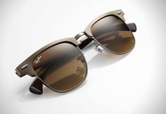 A 1950's Inspired Look: The Ray-Ban Clubmaster Aluminium Sunglasses