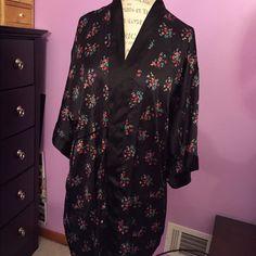 Victoria's Secret robe with pockets. Missing belt M/L Victoria's Secret Intimates & Sleepwear Robes