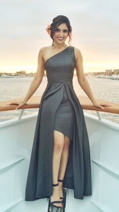ML Monique Lhuillier Odyssey Gown Stylish Dresses, Elegant Dresses, Beautiful Dresses, Pretty Dresses, Dress Outfits, Fashion Dresses, Short Dresses, Prom Dresses, Party Frocks