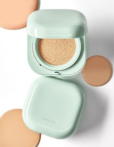 Flawless Makeup, Flawless Skin, Cushion Makeup, Korean Makeup Brands, Bb Cushion, Covering Dark Circles, Makeup Package, Matte Makeup, Laneige
