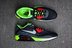 Exclusive Look at the Nike Air Max Lunar90 Black/Cool Grey-Anthracite-Volt