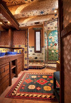 The Luminaria House is a magnificent endeavor from designer and importer, Ira Seret, and mosaic artist, Sylvia Seret. This spacious two bedroom home encomp Boho Bathroom, Bathroom Styling, Santa Fe Home, Santa Fee, Spanish Style Bathrooms, Living In Arizona, Mexican Home Decor, Santa Fe Style, Adobe House