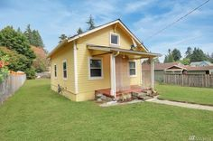 This is a 608 sq. ft. tiny home in Olympia, Washington. It was originally built in 1928! Inside you've got two bedrooms and one bathroom. The lot is 7,500 square feet. This home is listed for…
