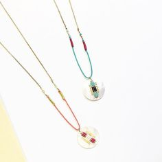 Zoom sur le collier pendentif Janis… #satelliteparis #gioielli #bijoux #love #photooftheday #pendentif #collier #collana #necklace #turquoise #orange