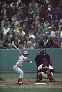 1975 World Series, Joe Morgan up to bat and Carlton Fisk behind the plate.
