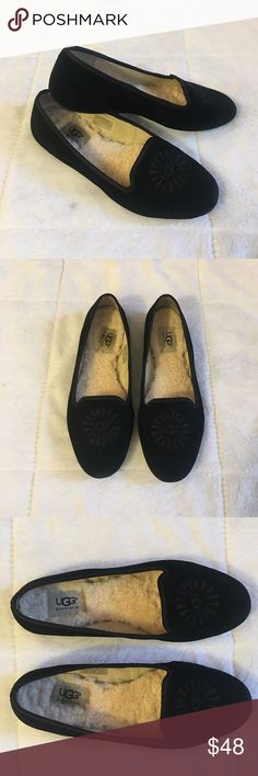 UGG Australia Black Alloway Flats Size 7.5 UGG Australia Black Alloway Flats. Women's Size 7.5. Slightly Worn With Light Wear And Tear. Over All Great Pre Owned Condition. UGG Shoes