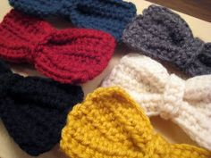 Crocheted Hair Bow Hair Clip Tutorial