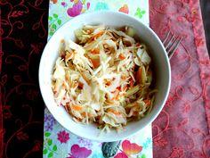 Savanyúság kínai módra Cabbage, Vegetables, Food, Essen, Cabbages, Vegetable Recipes, Meals, Yemek, Brussels Sprouts