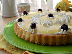 La crostata all'ananas facile e veloce è una torta buona e fresca, perfetta…