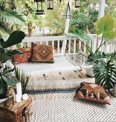 Best Boho Chic Outdoor Furniture To Redesign Porch Looking to upgrade your outdoor space? Get inspired before you start your makeover by these bohemian porches. From the eclectic to the colorful, here are our favorite boho outdoor spaces. Outdoor Spaces, Outdoor Living, Outdoor Seating, Backyard Seating, Outdoor Bedroom, Outdoor Rugs, Garden Seating, Bedroom Decor, Outdoor Lounge