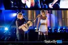 Taylor Swift, Ed Sheeran Celebrate 'Friendiversary' at Rock in Rio USA, Weekend Taylor Swift Singing, Taylor Swift News, Taylor Alison Swift, Tenerife Sea, 1989 Tour, Rock In Rio, Olivia Benson, Stadium Tour, Swift 3