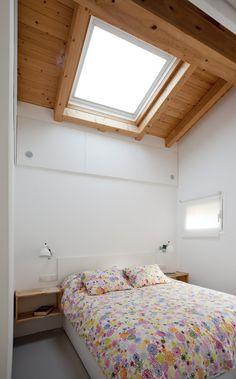 Vivere e lavorare in 40 mq #mansarda #attic #bedroom #skylight