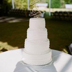 gold cursive cake topper | A Bryan Photo #wedding