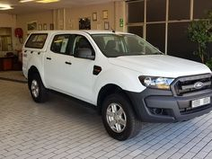 Used Ford Ranger XL PLUS Double Cab Bakkie for sale in Western Cape, car manufactured in 2016 Used Ford Ranger, Trailer Hitch, Car Detailing, 4x4, Cape, Mantle, Cabo, Coats