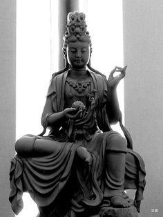 Avalokiteśvara, อวโลกิเตศวร, 觀世音 (Guānshìyīn), 觀音 (Guānyīn), 觀自在 (Guānzìzài), 観世音 (คังเซะอง), 観音 (คันนง), พระโพธิสัตว์อวโลกิเตศวร, เจ้าแม่กวนอิม
