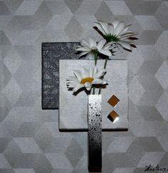 Petit tableau floral de 30 x 30 cm, de couleur gris métallisé avec formes…
