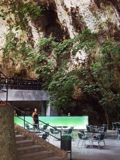 A bar in a cave? Have you ever heard of such a thing? Juan Manzanares Suárez and Cristian Santandreu Utermark of Arquitectos made it happen when they designed this bar located at the entrance to the Caves of Hams in Mallorca, Spain. Oh The Places You'll Go, Places To Travel, Places To Visit, Wonderful Places, Beautiful Places, Balearic Islands, Spain And Portugal, Travel Abroad, Spain Travel