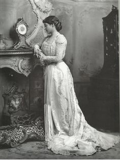 Lillie Langtry robe belle époque