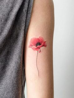 40 Cute Watercolor Tattoo Designs and Ideas For Temporary Use Niedliche-Aquarell-Tattoo-Designs-und- Piercing Tattoo, 10 Tattoo, Piercings, Tattoo Feather, Wrist Tattoo, Poppy Flower Tattoo Small, Red Poppy Tattoo, Poppy Tattoo Shoulder, Yellow Tattoo