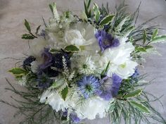 Wedding bouquet in white and blue (detail)