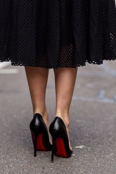 black skirt & black cl heels
